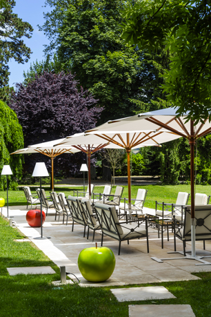 terrasse_domaine_clairefontaine_philippe_girardon_tri_ohayon