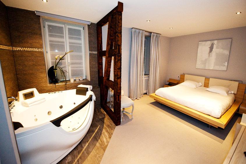 Une chambre à l'Auberge du Cheval Blanc à Lembach en Alsace